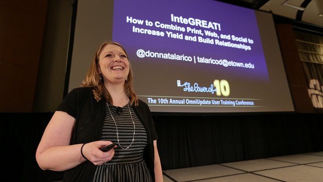 donna at omniupdate ou campus use conference in front of opening slide - how to combine print web and social